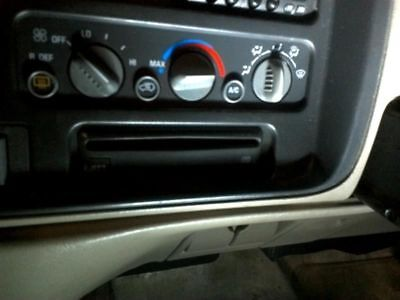Audio Equipment Radio CD Player Remote Single Disc Fits 96-05 ASTRO 144428