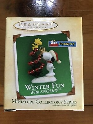 2004 Hallmark Keepsake Ornament  MINIATURE Winter Fun With Snoopy #7 NIB
