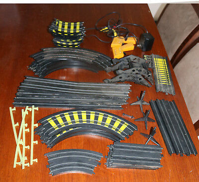 Vintage Tyco Slot Car Track And 2 Controllers Untested No Cars