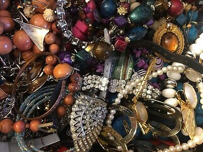 HUGE estate jewelry lot 20 POUNDS of vintage watches, chains, beaded, rings, etc