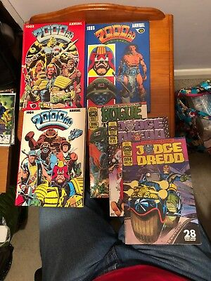 3x Annuals 2000AD 1982, 1984, 1985 & 3 2000AD comics Job Lot Judge Dredd