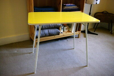 Yellow mid century 1950's formica table!