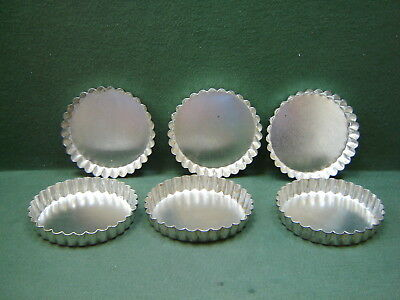 Lot 6 Vintage Round Metal 12cm Scalloped Edge Tart Tins Pastry Quiche Molds