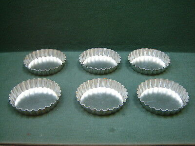 Set of 6 Vintage Round Metal Tartlet Tins Pie Pastry Molds With Scalloped Edges