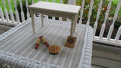 Boyds Bears Country Kitchen Table with Pie, Rolling Pin New in Box