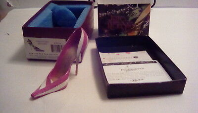 Just the Right Shoe Live from New York Hot Pink Mini shoe collectible