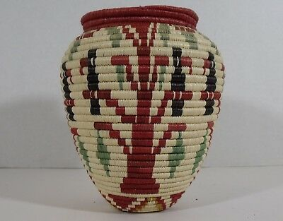 Panamanian Indian Choko woven basket tree & bird design Panama Wounaan & Embera