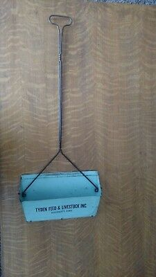 Very Vintage Metal Advertising Dustpan