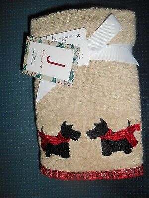 Christmas Hand Towels SCOTTY DOGS 2 pack by JAKSON large, soft, red plaid coats