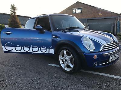 Mini cooper 2005 1.6 petrol automatic new M.O.T. low milage