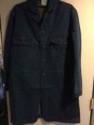 LEVI DUSTER NEW MADE IN 90'S size Medium