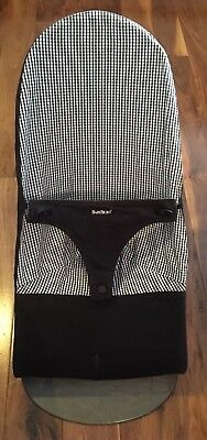 Baby Bjorn Baby Bouncer Chair Black/white 3 Heights Folds Flat Great Condition