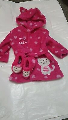 Girls Dressing Gown With Slippers 0-3 Months