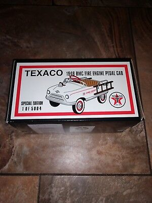 Crown Premiums Texaco 1948 BMC Fire Engine Pedal Car 1:6 Scale new 1of 5004