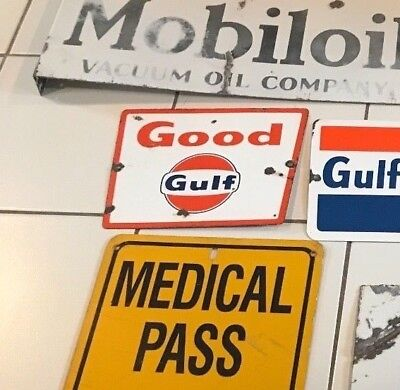 ORIGINAL VINTAGE PORCELAIN SIGN GOOD GULF  not sinclair mobil texaco