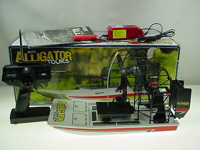 Aquacraft Mini Alligator Tours Ep R/c Airboat Rtr 2Ch R/c Boat Complete