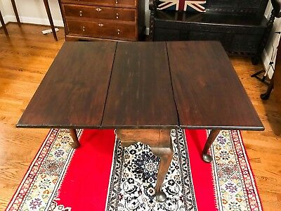 Antique 18th Century Mahogany Dropleaf Table - c.1750 - Shipping Available
