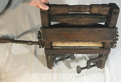 Vintage Metal Hand Crank Clothes Wringer Laundry Rollers