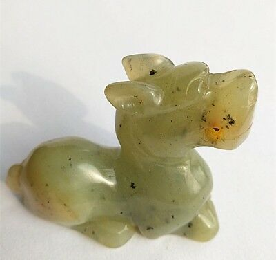 Chinese old natural hetian jade hand-carved dragon statue