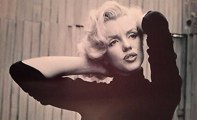 Marilyn Monroe Posing Icon Model American Actress A4 Picture Print A4 Wall Art