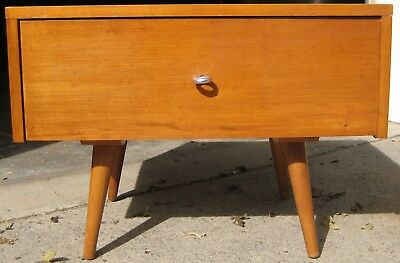"""Paul McCobb Design Planner Group 1 drawer """"chest"""" with legs, cat. # 1500"""