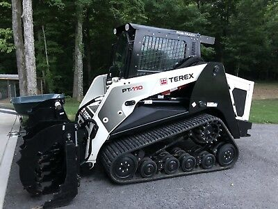 bobcat skid steer track loader