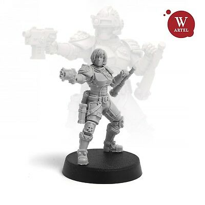 """28mm wargaming and collectible miniature, Senior Officer of the Law by Artel """"W"""""""