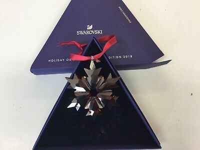 Swarovski Crystal Red Annual 2018 Snowflake Christmas Ornament 5460487 NEW