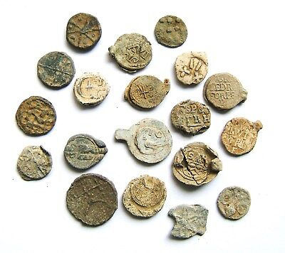 19 x Assorted Lead Tokens & Bag Seals: 17th – 19th Century