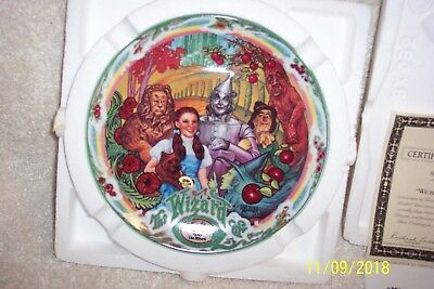 """Knowles The Wizard Of Oz Musical Plate """"We're Off to See the Wizard"""" Bradex New"""