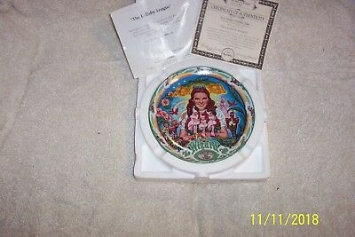 """Knowles Musical The Wizard Of Oz """"The Lullaby League"""" Bradex Collector Plate"""