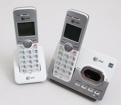 AT&T EL52253 Cordless Phone 2 HandsetS Answering System Caller ID DECT 6.0 USED