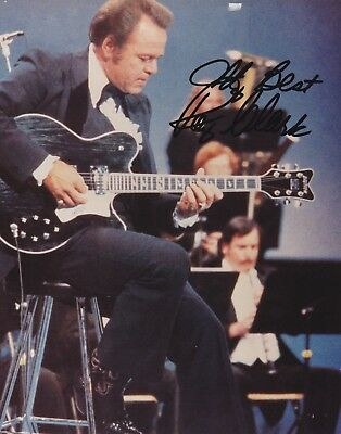 ROY CLARK autograph - Hee Haw - 8x10 photo authentic *with PROOF* COA