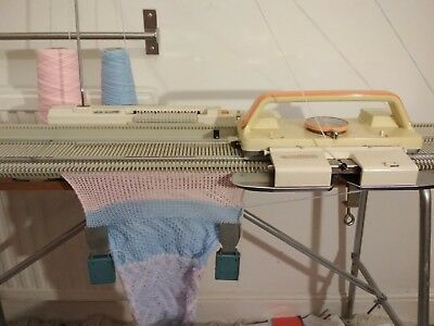 Rare Knitmaster mid gauge HK160 knitting machine 'The Handknitter'