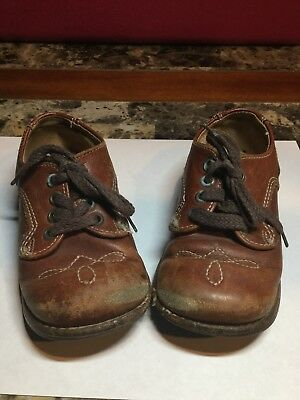 """Vintage Antique Brown Baby Shoes 6.5"""" In Length"""