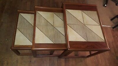 ⭐️vintage Retro Wooden Tiled Top Nest Of Tables⭐️