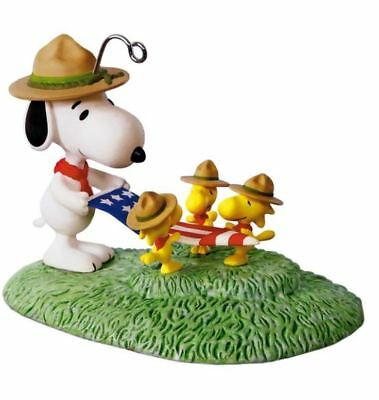 2017 Hallmark FLAG FOLDING CEREMONY Ornament PEANUTS Snoopy Woodstock Scout