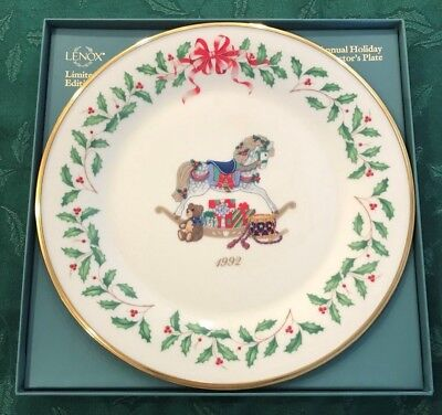 Lenox 1992 Annual Holiday Christmas Plate 2nd in Series MIB