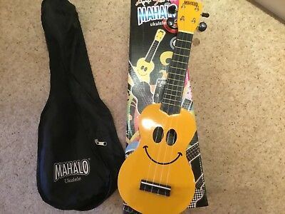 Mahalo Ukulele With Original Case And Box