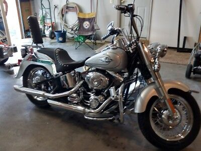 2010 Harley-Davidson Touring  Harley Davidson Heritage Softail with many extras
