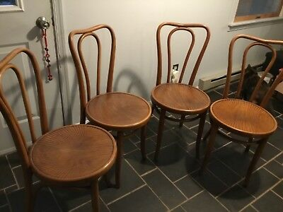 Set Four Antique Thonet Cafe Bentwood Chairs Labels Beautiful Pattern Seats A1