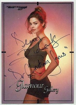 Denise Richards signed James Bond The World is Not Enough 1999 Inworks card #68