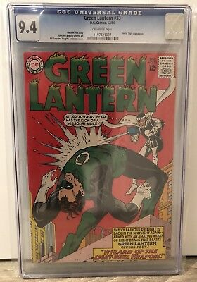 Green Lantern #33 - Cgc 9.4 - Doctor Light Appearance - Off White Pages