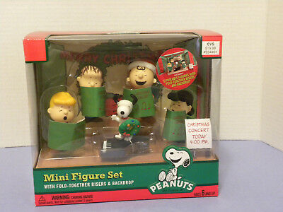 New Peanuts Christmas Concert Mini Figure Set School Choir Set