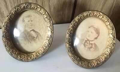Pair Of Vintage Wood Brass 5x7 Oval Picture Photo Frames Wall