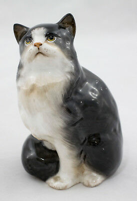 Old Kitty Seeks New Home - Royal Doulton Persian Cat Figurine Circa Mid 1940's