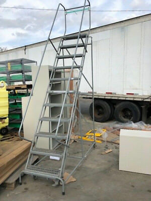 "Rolling Ladder 24""w 10 Step - New"