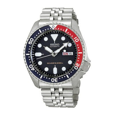 Seiko Men's SKX009K2 'Divers' Stainless Steel Watch