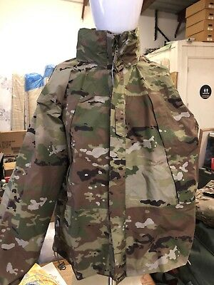 GEN III Layer 6 WET/COLD WEATHER JACKET, Medium Regular OCP,8415-01-641-0818