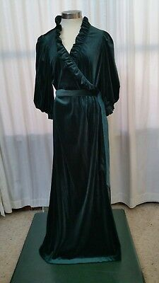 Vintage Miss Elaine Plush Green Velour Velvet Ruffles Robe Sz Large Made in USA